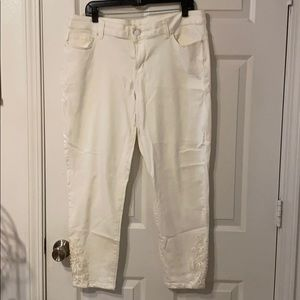White Maurices Capris